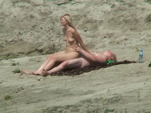 Imagen Pareja inglesa follando en la playa