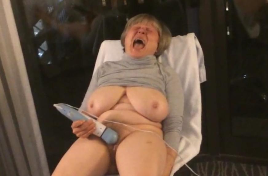 Imagen 12 orgasmos en la ventana del hotel